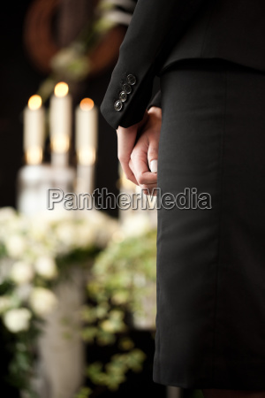trauerhilfe bestattung und beerdigung