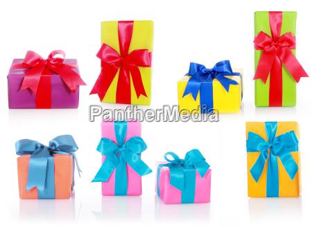 verschiedene groessen und farben geschenkboxen