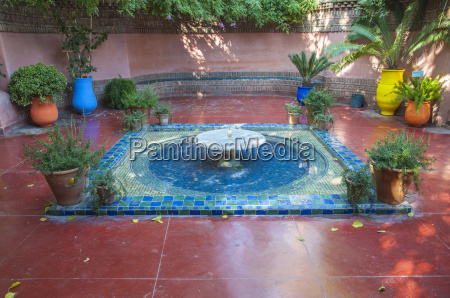 fountain at the majorelle gardens in