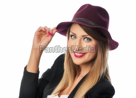 woman with damenhut