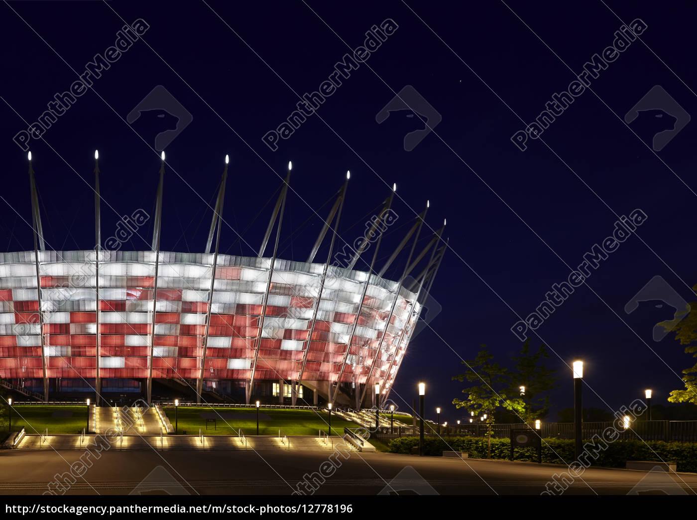 Lizenzfreies Foto 12778196 Fussballstadion In Der Nacht