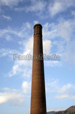 industrie schlot fabriksschlot schornstein abgase luft