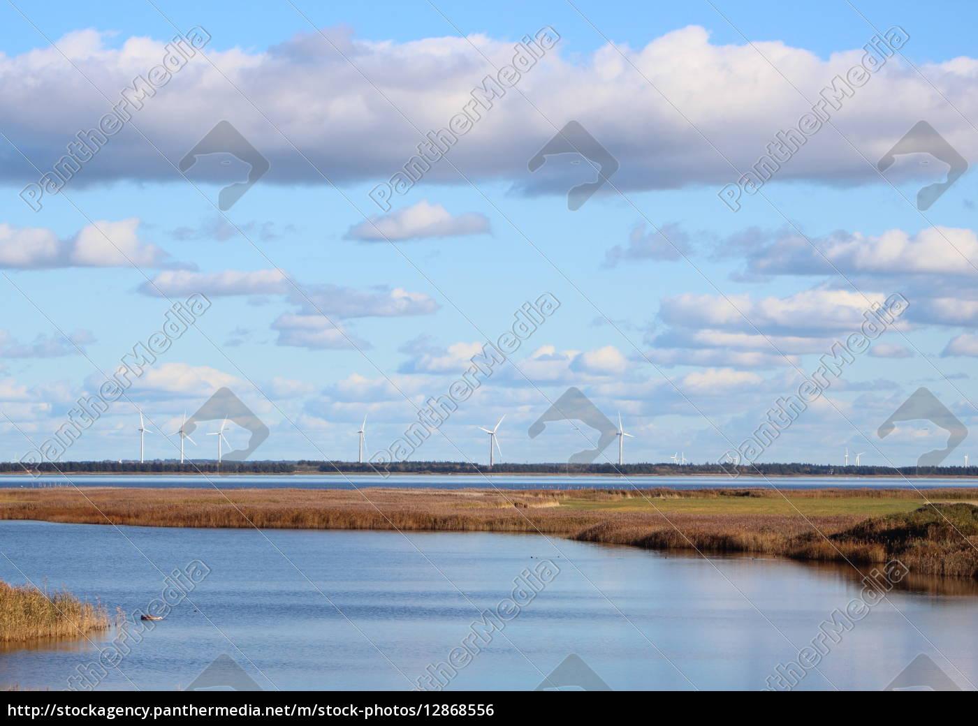 dänischer, fjord, mit, windmühlen, am, horizont - 12868556
