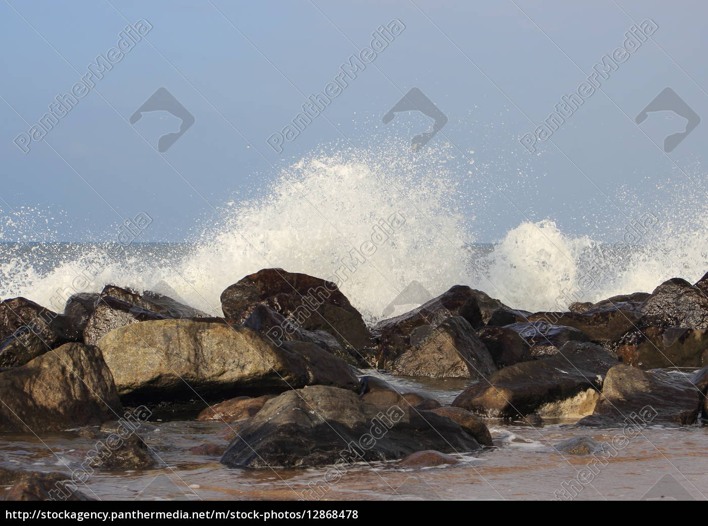 waves, breaking, against, large, stones, at - 12868478