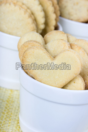 cookies biscuits bake food sugar heart