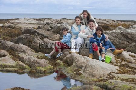 familie explorockpools zusammen
