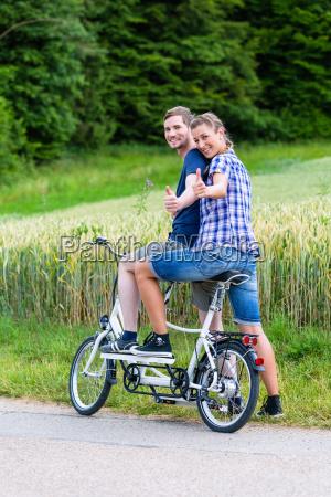 paar, fährt, gemeinsam, tandem, - 12950226