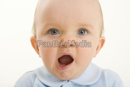 baby boy 3 6 months yawning