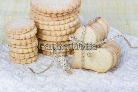 cookies biscuits bake food sugar heart