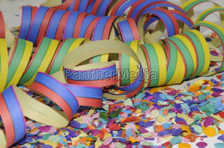 confetti and air snakes