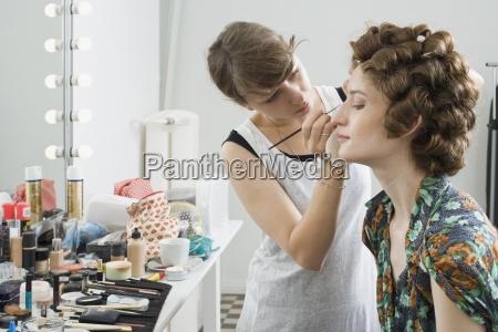 frau frauen mode farbe weiblich horizontal