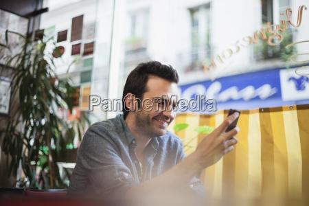 telefon telephon cafe menschen leute personen