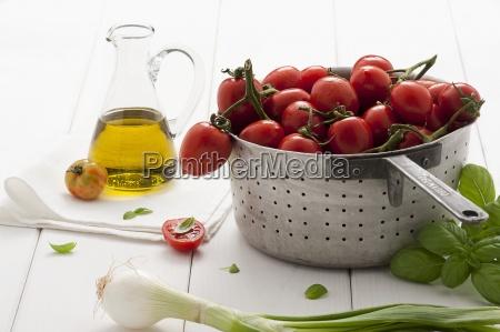 stilleben innen gemuese zwiebel inneres olivenoel