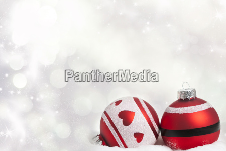 weihnachtshintergrund mit roten verzierungen