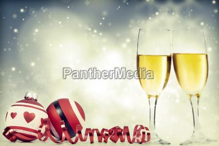 champagne gegen urlaub lichter ang weihnachtsschmuck