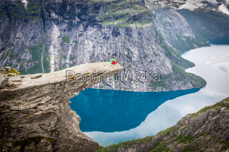 norway mountain trolltunga odda fjord norge