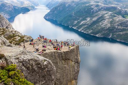 preikestolen preikestolen am lysefjord norwegen eine