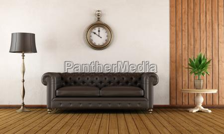 vintage wohnzimmer mit klassischen sofa