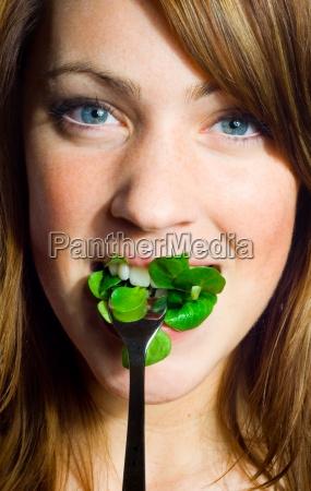 woman food aliment health vitamins vitamines