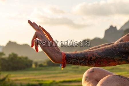 mann, person, mensch, hände, hand, finger - 13292776