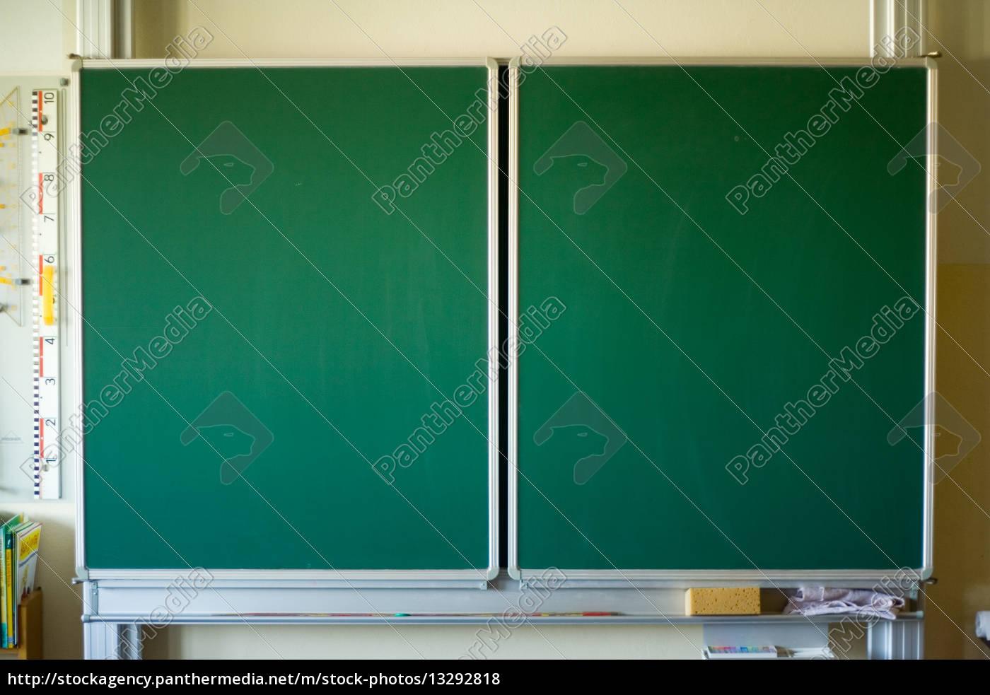 Schultafel mit schwamm leer  grün tag schreiben schule leer bildung tafel gruen - Stock Photo ...