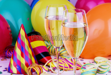 champagne sparkling wine glasses balloons streamers