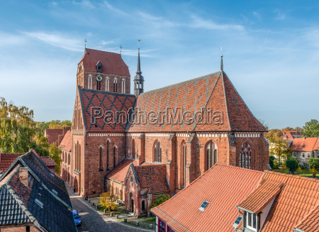 guestrower dom