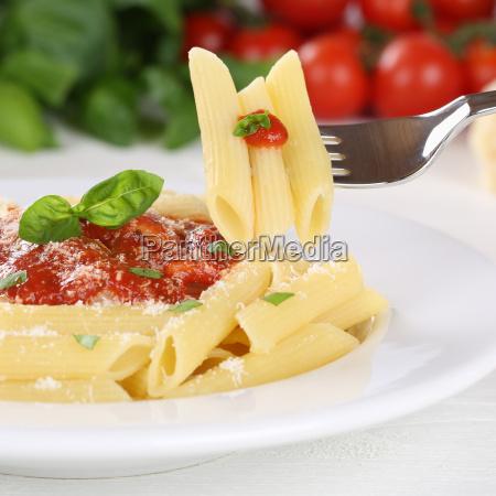 rigate pasta with tomato sauce pasta