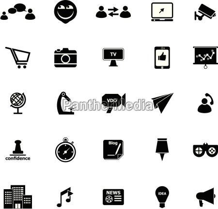 medienmarketing symbole auf weissem hintergrund