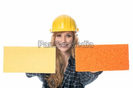 bricklayer with sponge