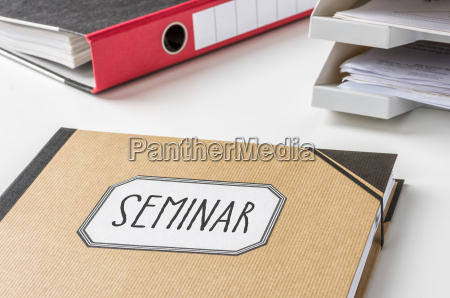 sammelmappe mit der beschriftung seminar