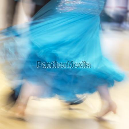 klassischer tanz detail mit bewegungsunschaerfe