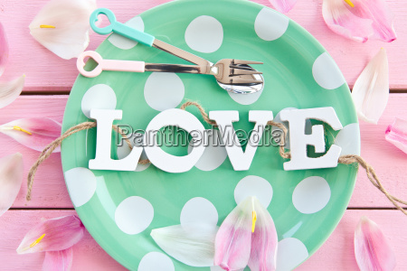 gruener plate with love