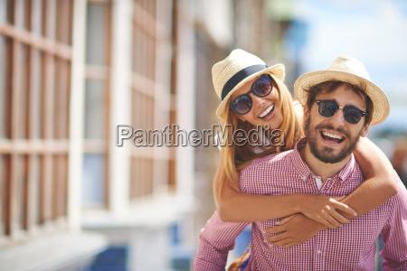 joyful touristen