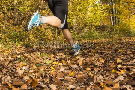 jogger im herbst
