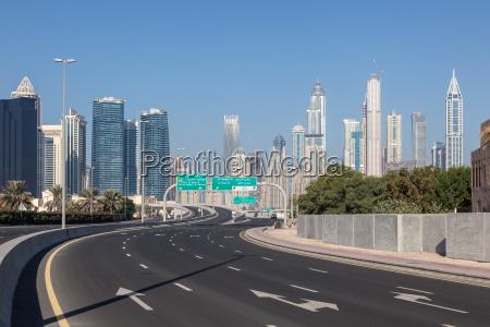 stadtautobahn in dubai vereinigte arabische emirate
