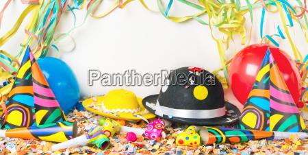 bunte froehlich partydekoration