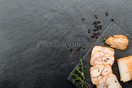 schweinebraten mit gemuese und honig mariniert