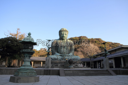 der grosse buddha in kamakura japan