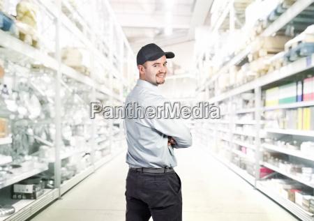 uniform depot lagerhaus gleichfoermig einheitlich kaufladen