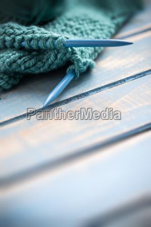 wolle stricken hoelzern naeharbeit