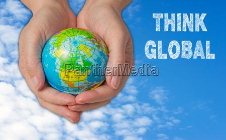 pensare globale