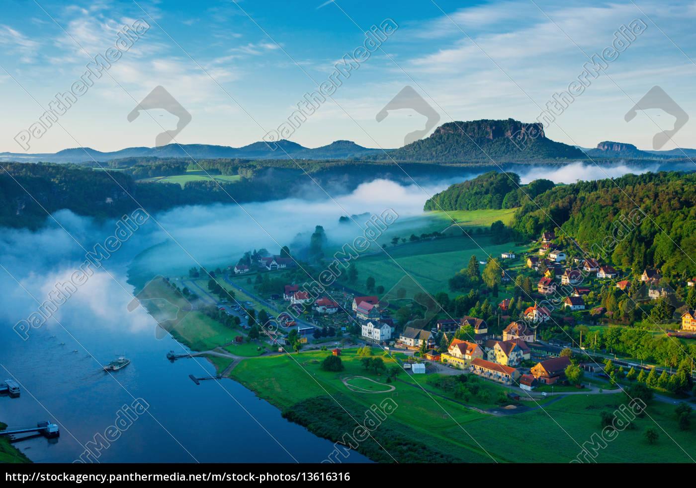 elbtal, von, basteibrücke, sächsische, schweiz, deutschland - 13616316
