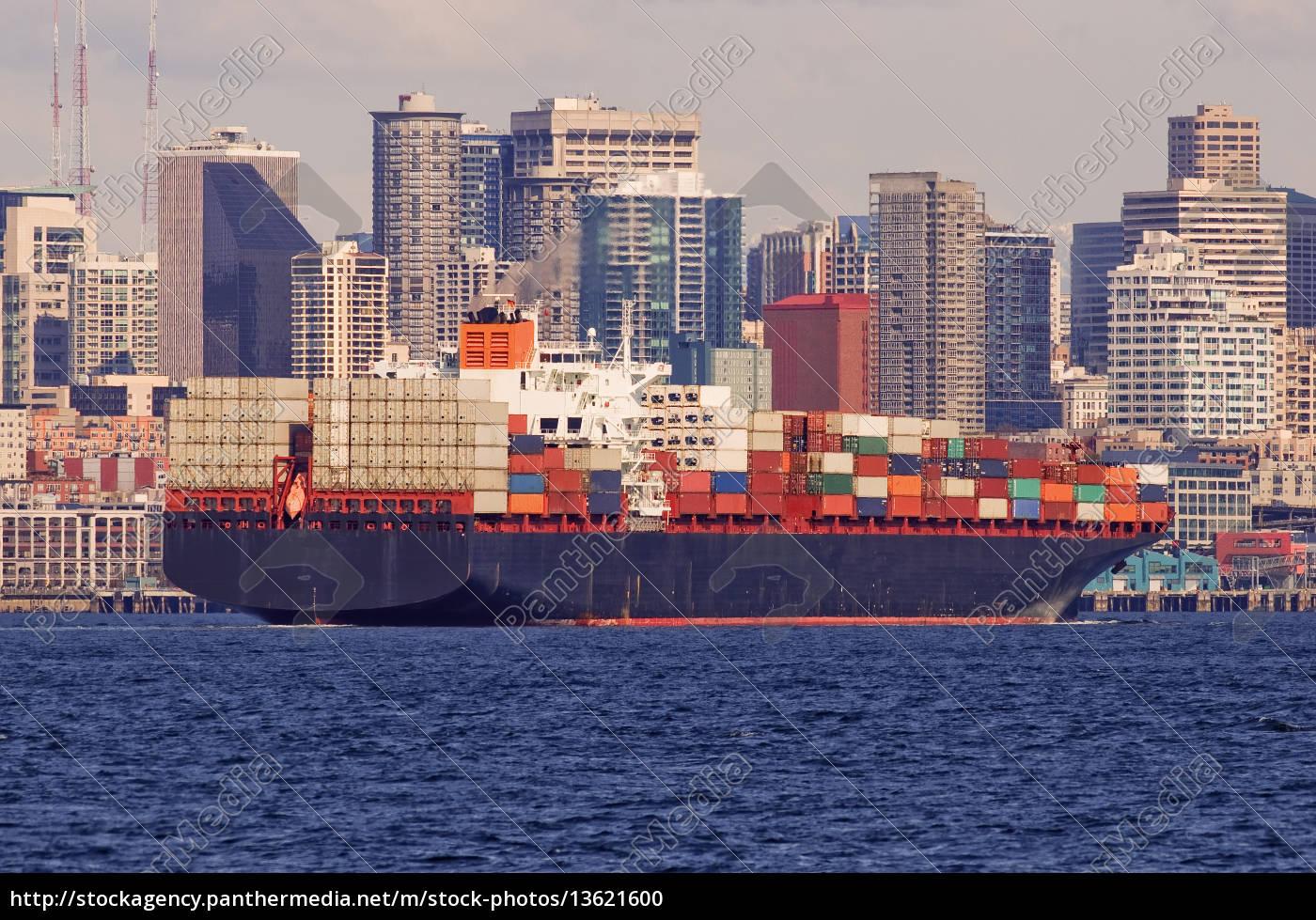 große, frachtschiff, im, hafen, mit, der - 13621600