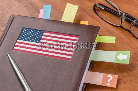 terminkalender mit der flagge der usa