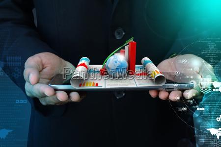 business mann mit wachstum grafik und