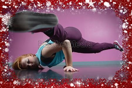 huebsches breakdancer zerschlagung einen umzug