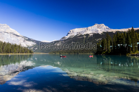 emerald lake yoho national park british