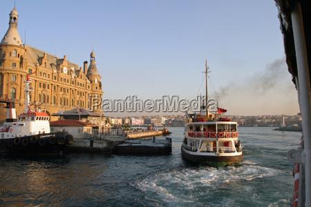 haydarpasa terminal in istanbul tuerkei