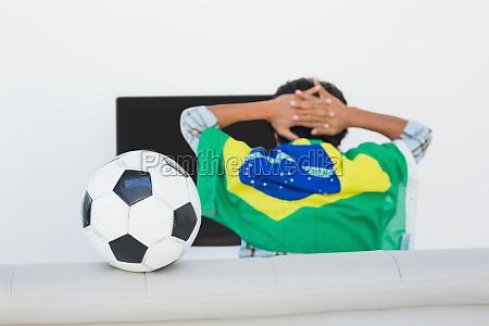 brasilianische fussball fan fernsehen